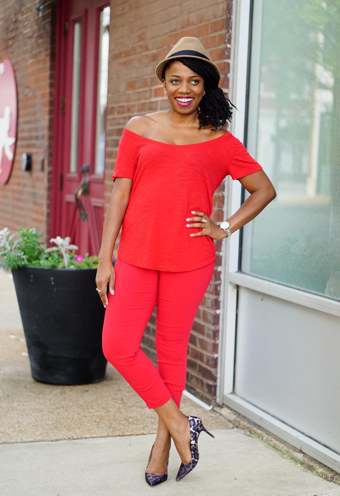 How to wear Pantone Aurora Red Fall 2016 3c