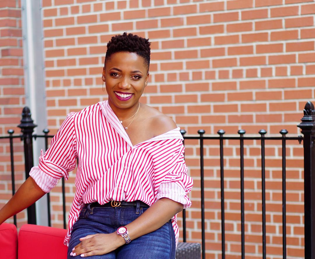 How To Wear A Button-Down Shirt As An Off-The-Shoulder Top