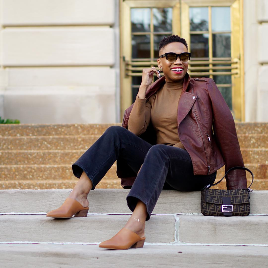 How to wear brown and black
